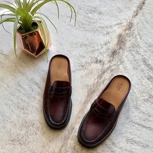 5c758d6db25 Urban Outfitters Shoes - G.H. Bass   Co. Burgundy Wynn Mule Weejuns 8